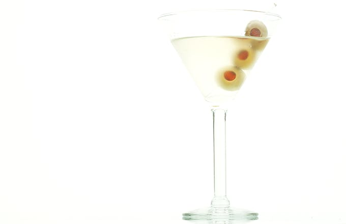 dirty martini recipe | drizly
